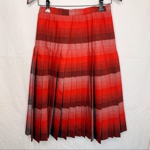 Highland Queen / Pleated 100% Wool Skirt - Size 12